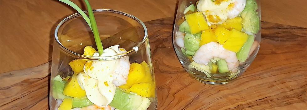 Glaasjes avocado - garnalen - mango.jpg