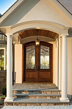 Front_EXT_doorway-296_original.jpg
