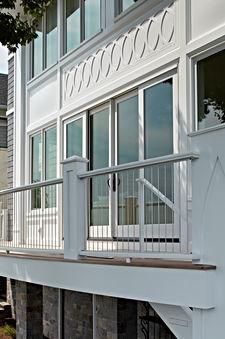 Porch_detail6267.jpg