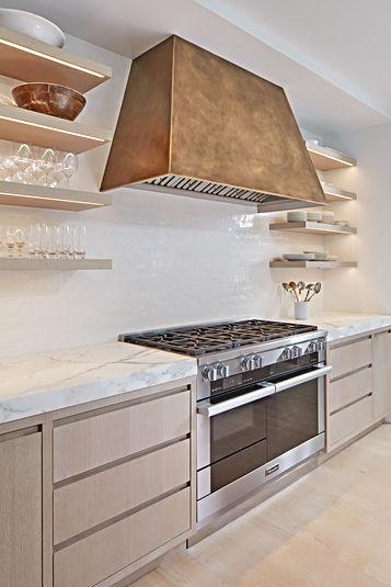 Kitchen1803.jpg