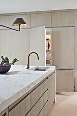 Kitchen1820.jpg