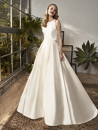 BT 18-25 - Beautiful by Enzoani - UK 10