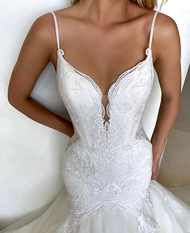 Rainia-Elysee-wedding-dress.png