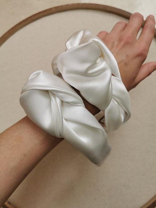 The Rose - Aura Bridalwear €175