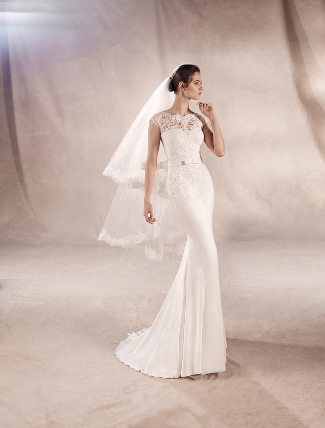 Yuriana Our Wedding Dress of The Week