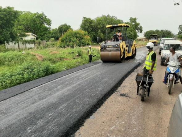roads-asphalt-565x424.jpg