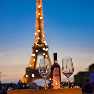 Primavera e verão em Paris os dias ficam
