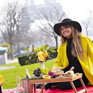Picnic em Paris para linda e simpática Anna Torres