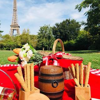 Picnic em Paris dominical ❤️❤️_#picnicem