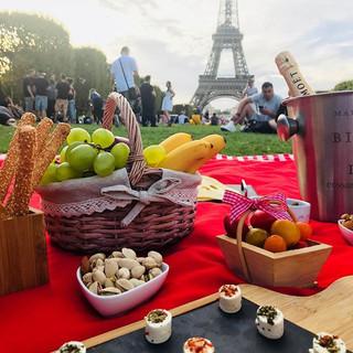 Bom dia!! Picnic em Paris é tudo de bom!
