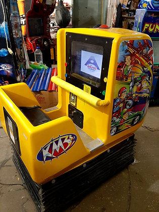 Детская качалка с экраном КМ3