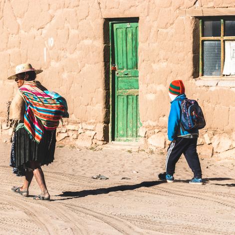 Los Bolivianos