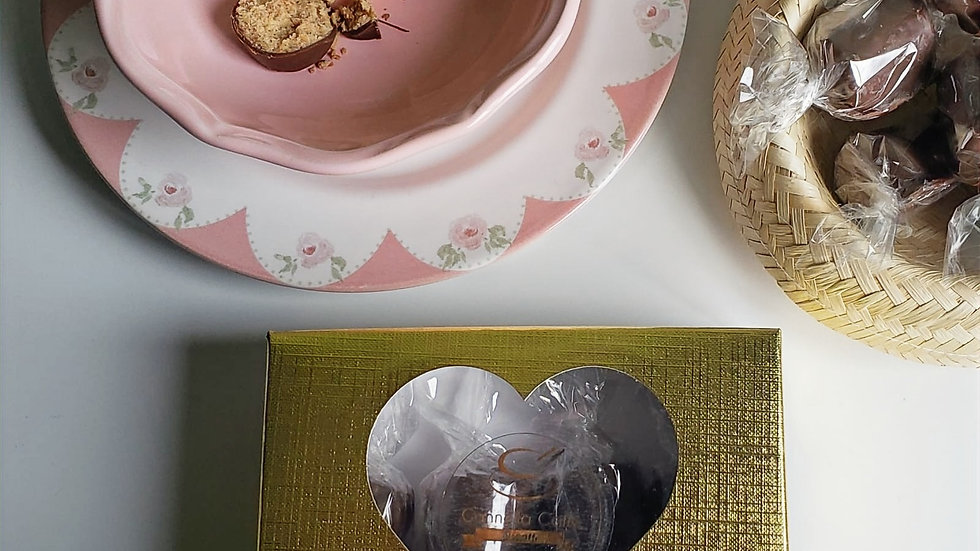 Caixa Coração de Paçocas ao Chocolate