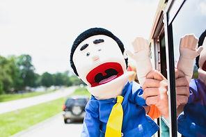 Bus Parade LT 17.jpg