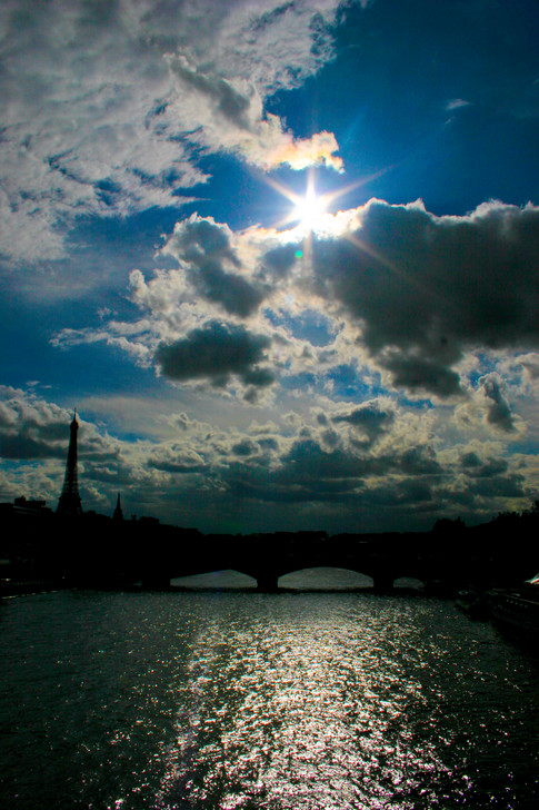 Afternoon Blues on the Seine