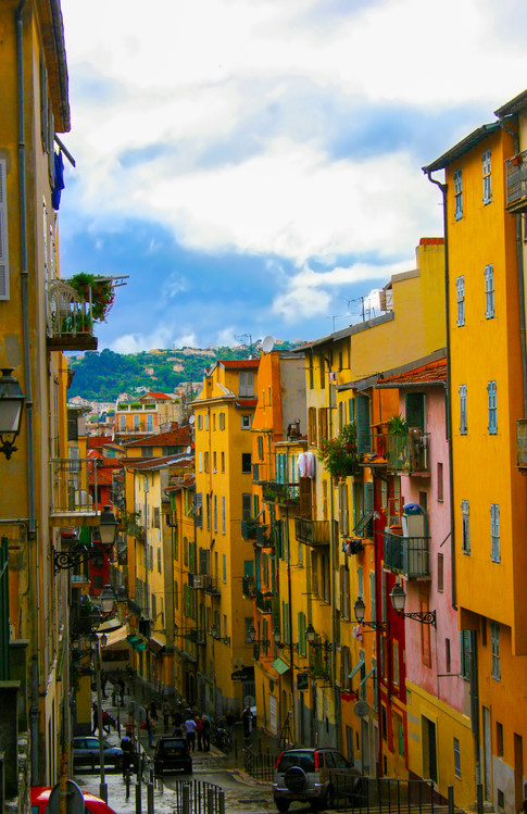 The colors of Rue Rossetti; Nice