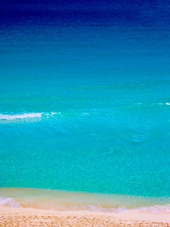 Cancun Beach 1.jpg
