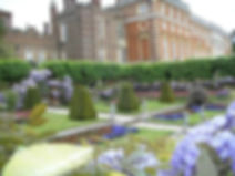 hampton-court-palaceJ.jpg