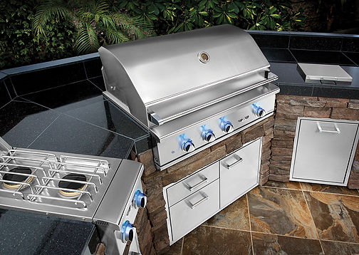 Delta Heat Outdoor Kitchen 3.jpg