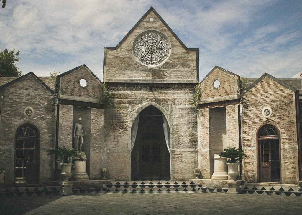 Old Monastery Style Studio