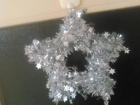 姪のミカちゃんから一番星のクリスマスリリースを貰いました。