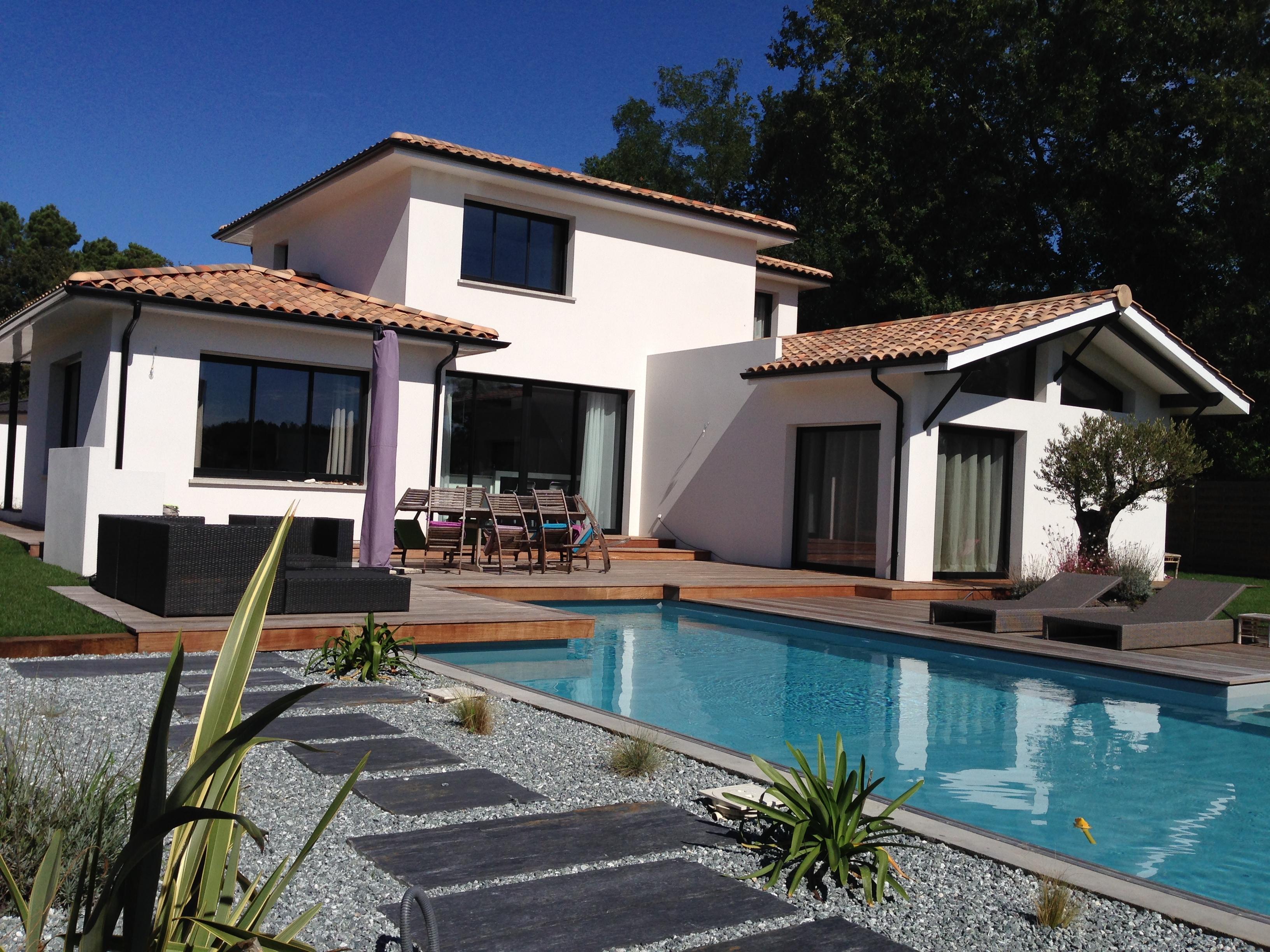 Villas leona constructeur de maisons individuelles en for Villa constructeur