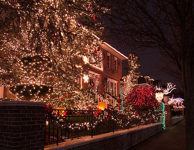 Brooklyn Lights …Rockefeller Center? FUHGETTABOUDIT!