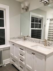 Floor - 12x24 Grey Modern Porcelain, Border - 1/2x1 Bari Silk Glass