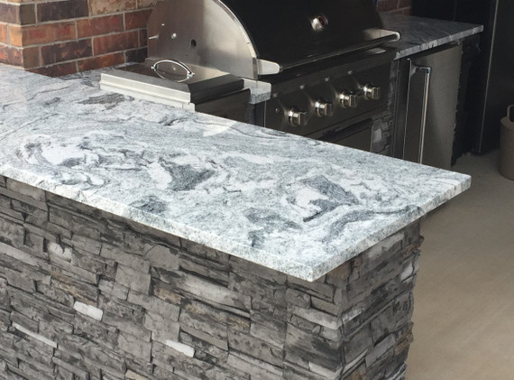 Bar Island: Standard Features: Stacked Stone Gray with Cloudy White countertop