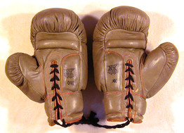 1910's D&M White Leather Boxing Gloves