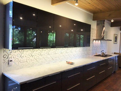 Custom Seamless Lace Thassos Curve Polished Mosaic w/Mirror