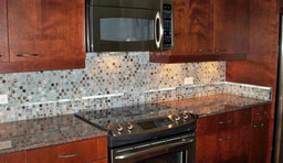 1x1 Zushi Natural/Beach Forest Natural Glass Mosaic with Smoke natural Small Bar Liner