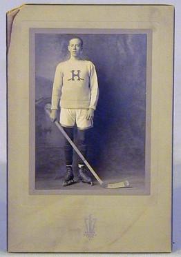 1907 Hartford Hockey Cabinet Photo