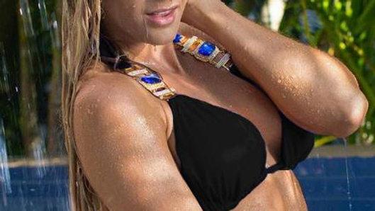 Tina Halter Top - Black