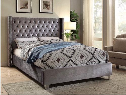 Aiden Velvet Bed (Queen)
