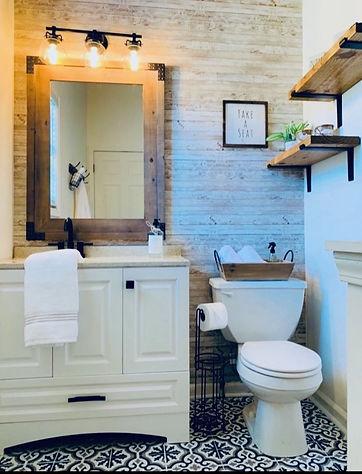 Bathroom after 1.jpg