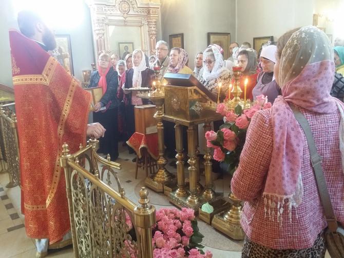 Поздравления прихожанок с днем Св. жен-мироносиц