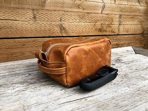 Small Toffee Distressed Leather Shaving Kit