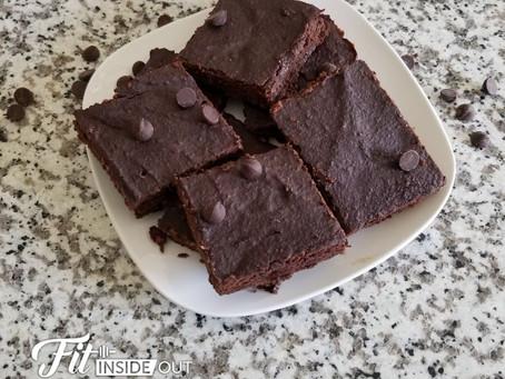 FLOURLESS CHOCOLATE-CHICKPEA BROWNIES