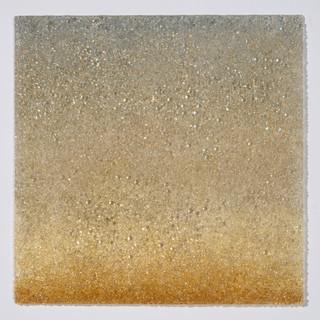 Glisten in Gold
