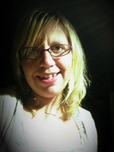 Amanda Hart - SET DRESSER
