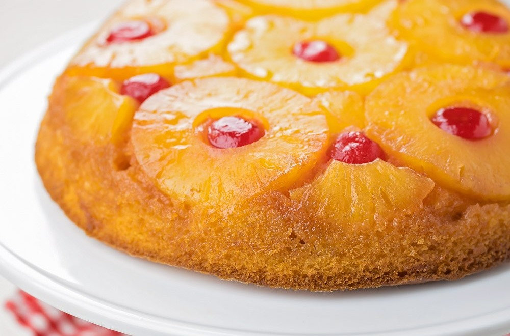 pineapple-upside-down-cake-4_edited.jpg