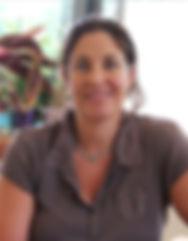 אורית גבעוני ברמן, מומחית בטיפול זוגי ומשפחתי, טיפולרגשי במתבגרים ומבוגרים ובהדרכת הורים. אורית מקבלת בעמק חפר וכן בתל אביב. מרכז רימון