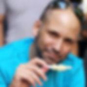 יואב כהן מנור, מטפל בהבעה ויצירה בראשון לציון ובתל אביב, מומחה בטיפול רגשי ובהדרכת הורים. מרכז רימון ראשון לציון ותל אביב