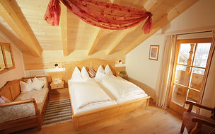 Ferienwohnung Alpenrose Gästehäuser Holzerhof