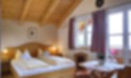 Zimmer Silberdistel Gästehäuser Holzerhof