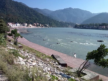Ganges - Rishikesh-resized.jpg