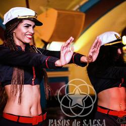 Танцовщицы-мулатки, зажигательные артисты с Кубы