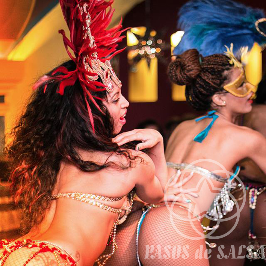 Карнавал-шоу по-кубински