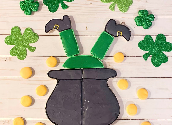 Leprechaun / Witch in a pot of gold/ cauldron cookie cutter platter